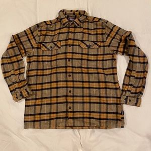 Patagonia plaid flannel button down NWT
